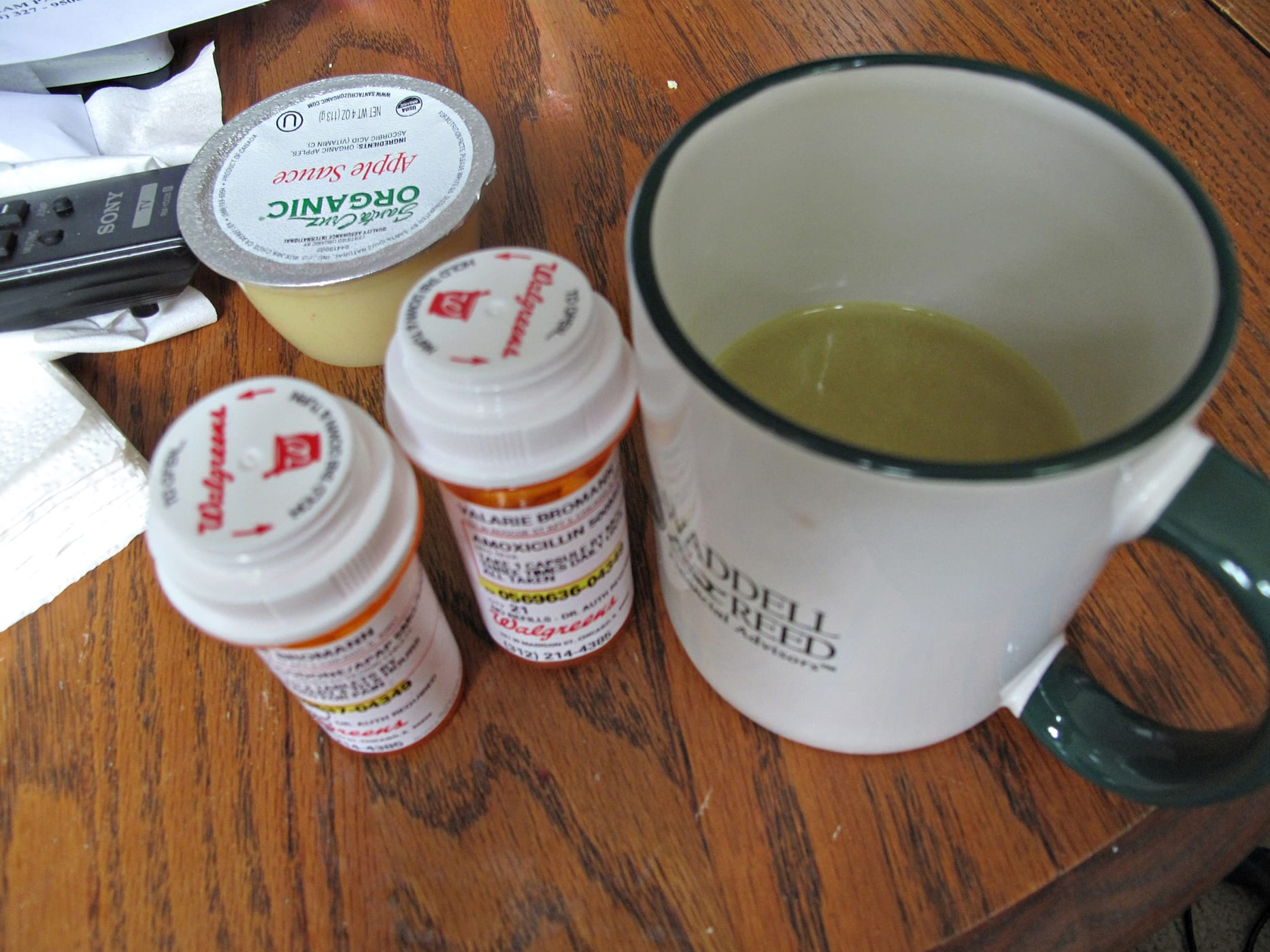 Wisdom tooth diet - chicken broth and drugs.