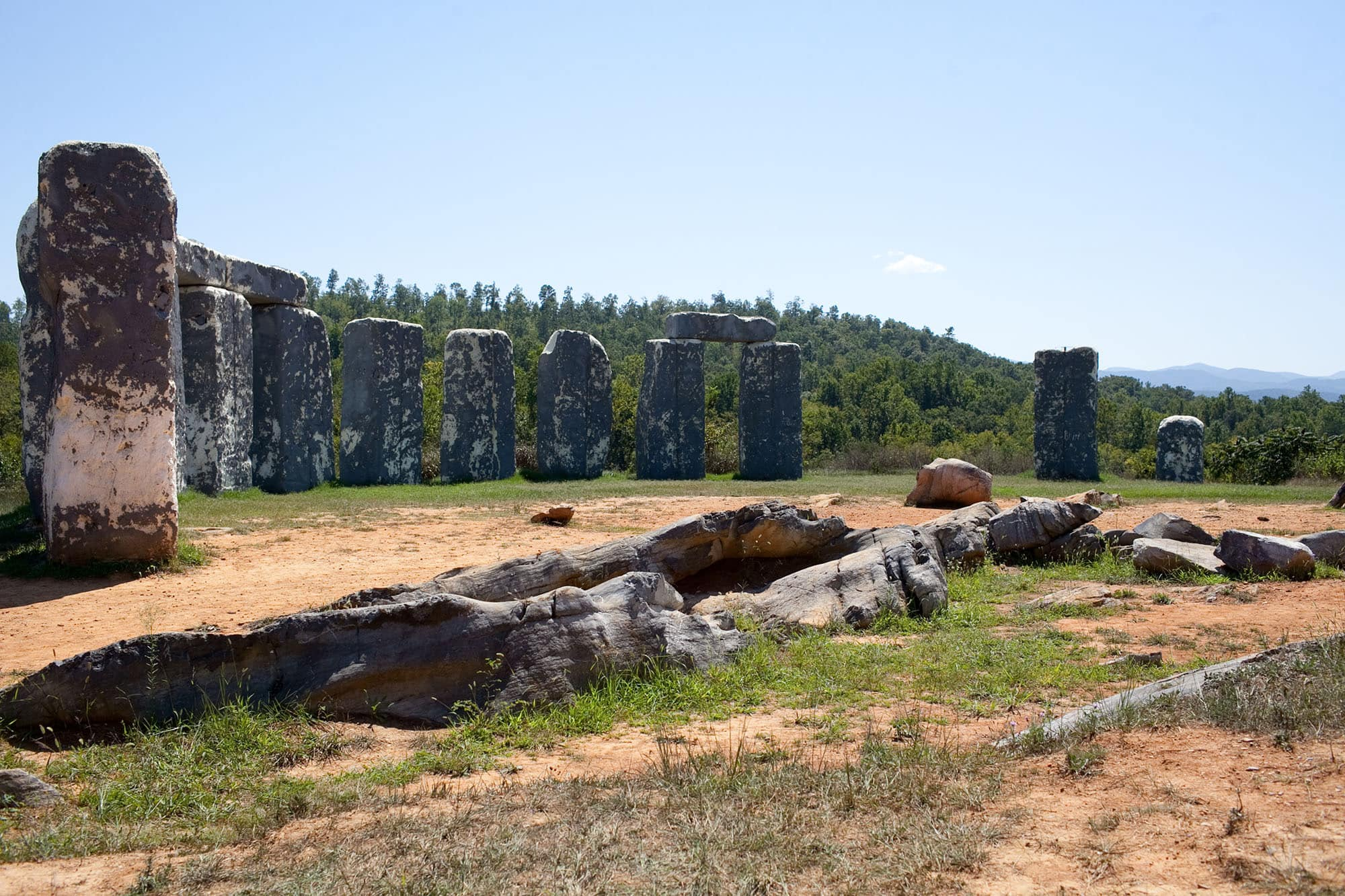 Virginia/North Carolia Road Trip - Foamhenge in Natural Bridge, Virginia