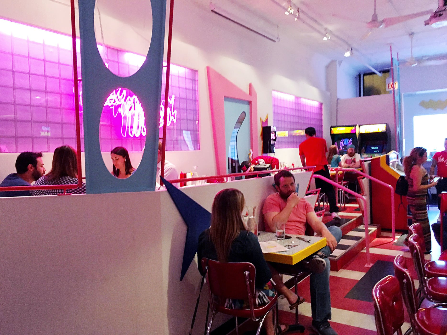 Saved by the Max - Saved by the Bell themed restaurant in Wicker Park, Chicago