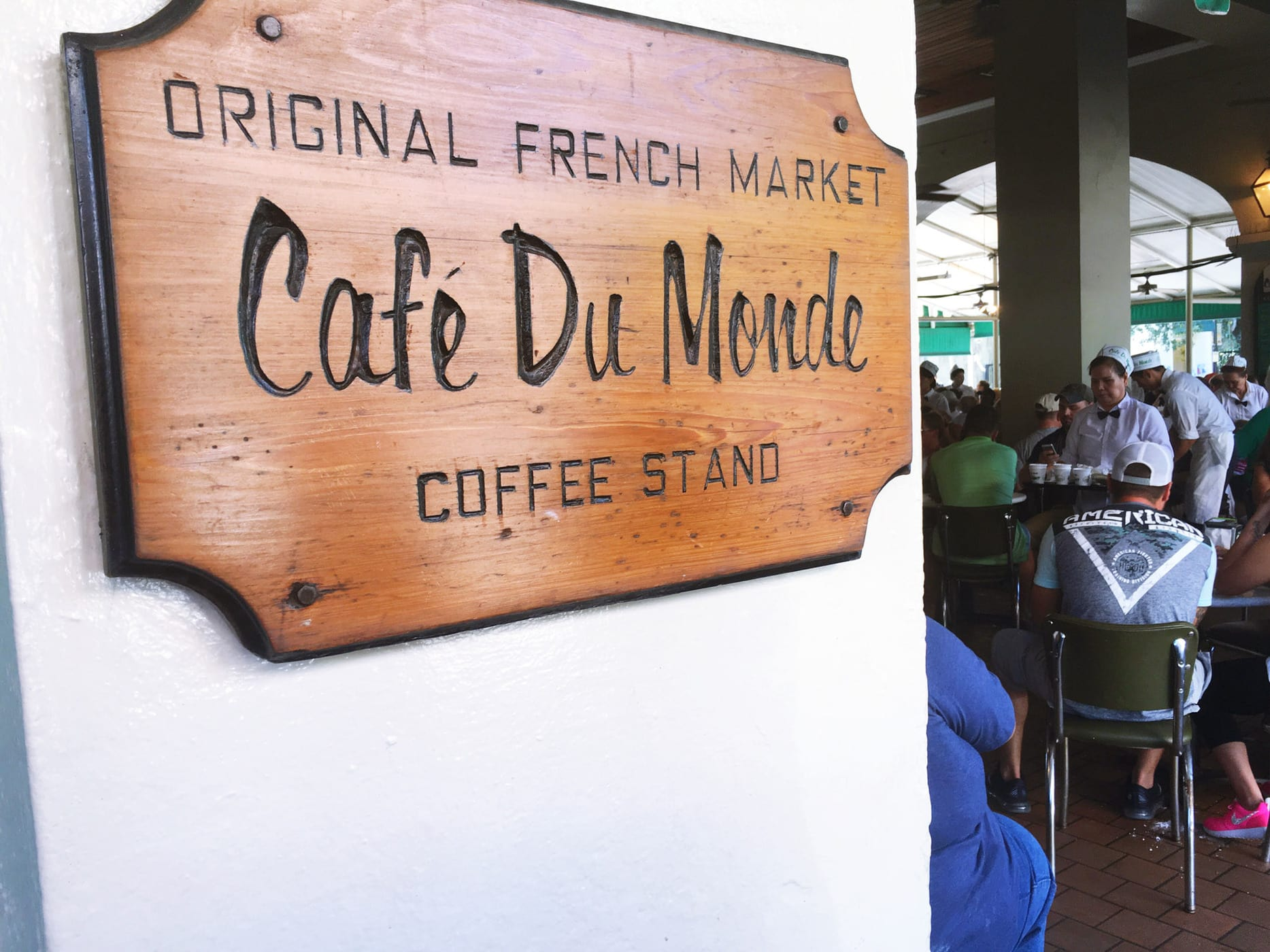 Life List #115: Eat beignets from Café Du Monde in New Orleans.