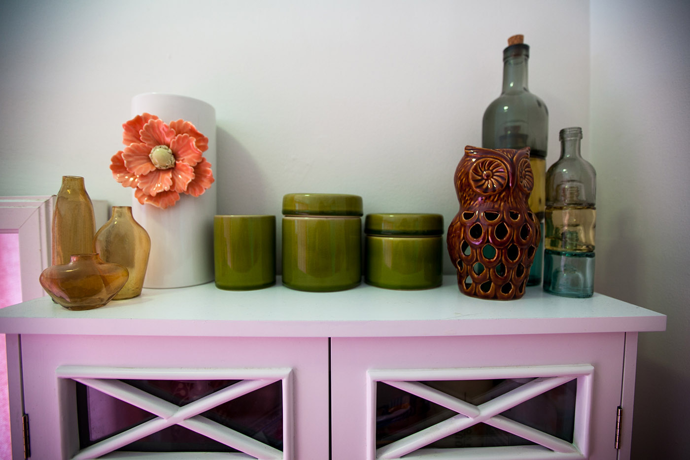 Pretty in Pink Bathroom - Owl and Canisters