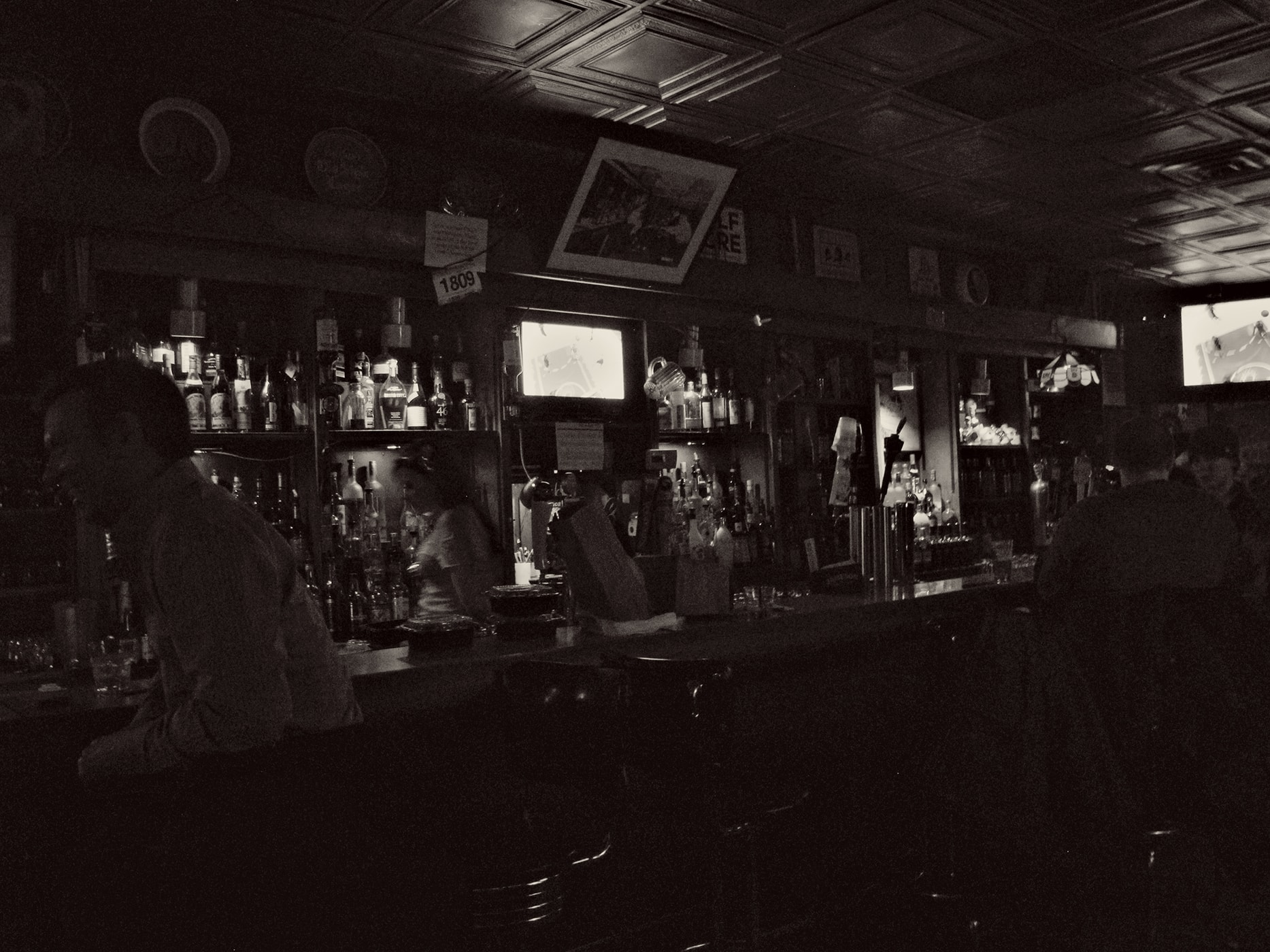 Drinking on Christmas at Jake's bar in Chicago, Illinois