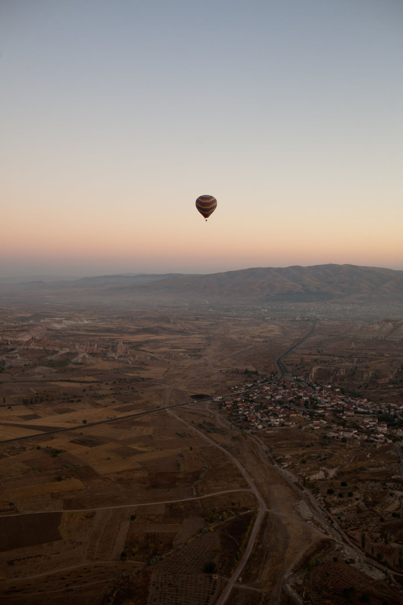Ride on a hot air balloon - Hot air balloon ride in Cappadocia, Turkey
