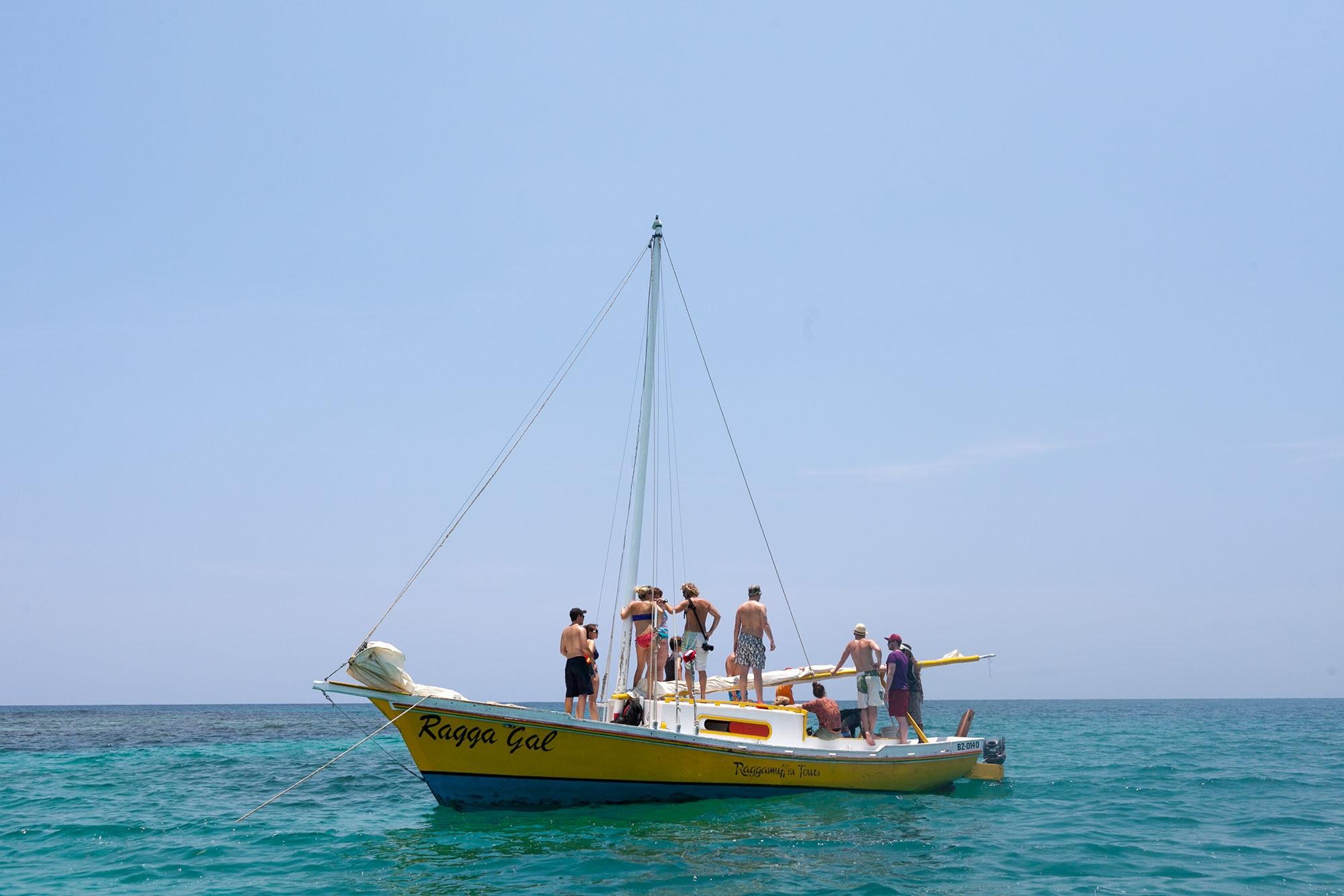 Full day snorkeling trip in Caye Caulker, Belize