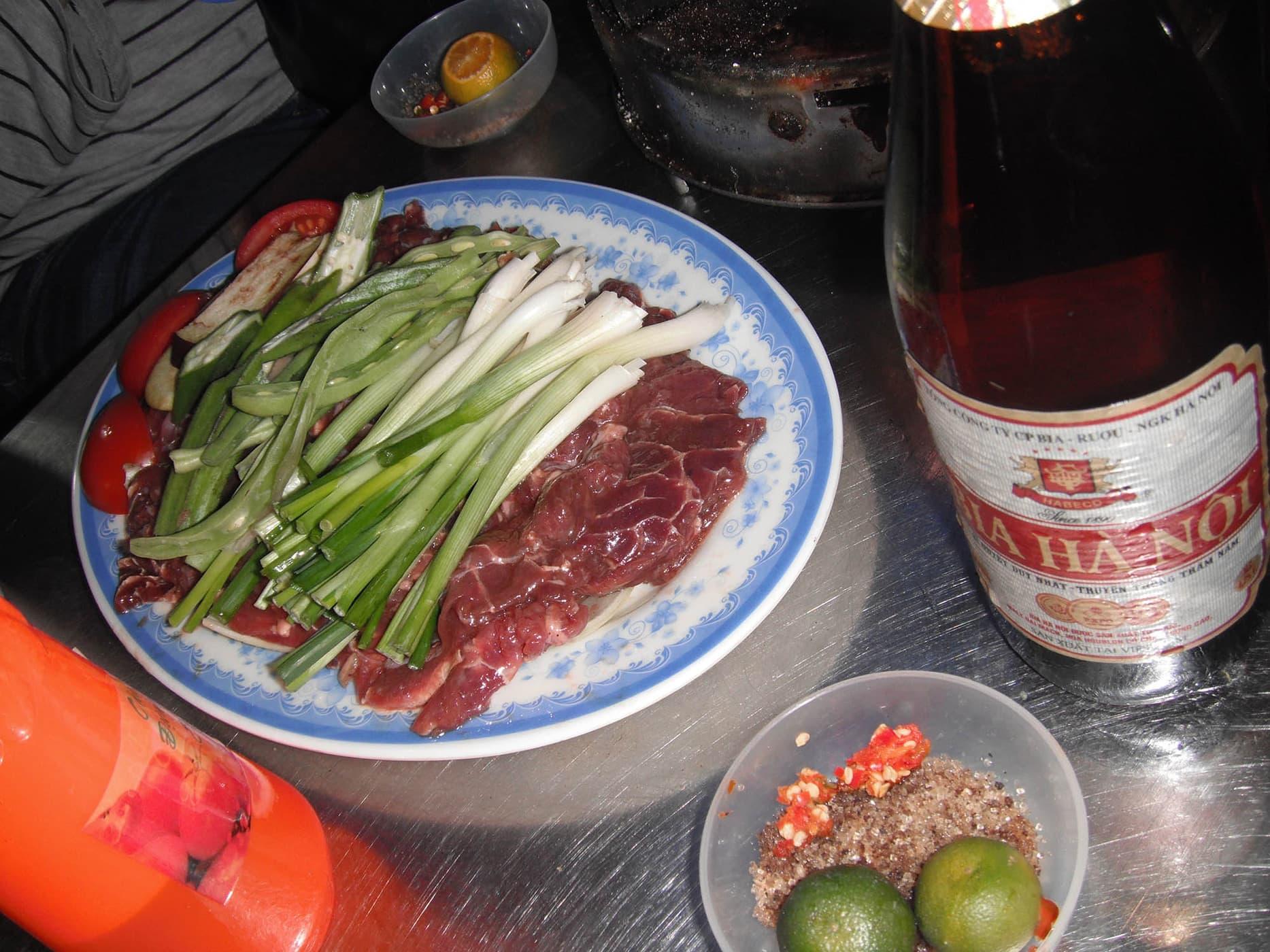 Celebrating six months of travel in Hanoi, Vietnam. - Street food in Hanoi, Vietnam