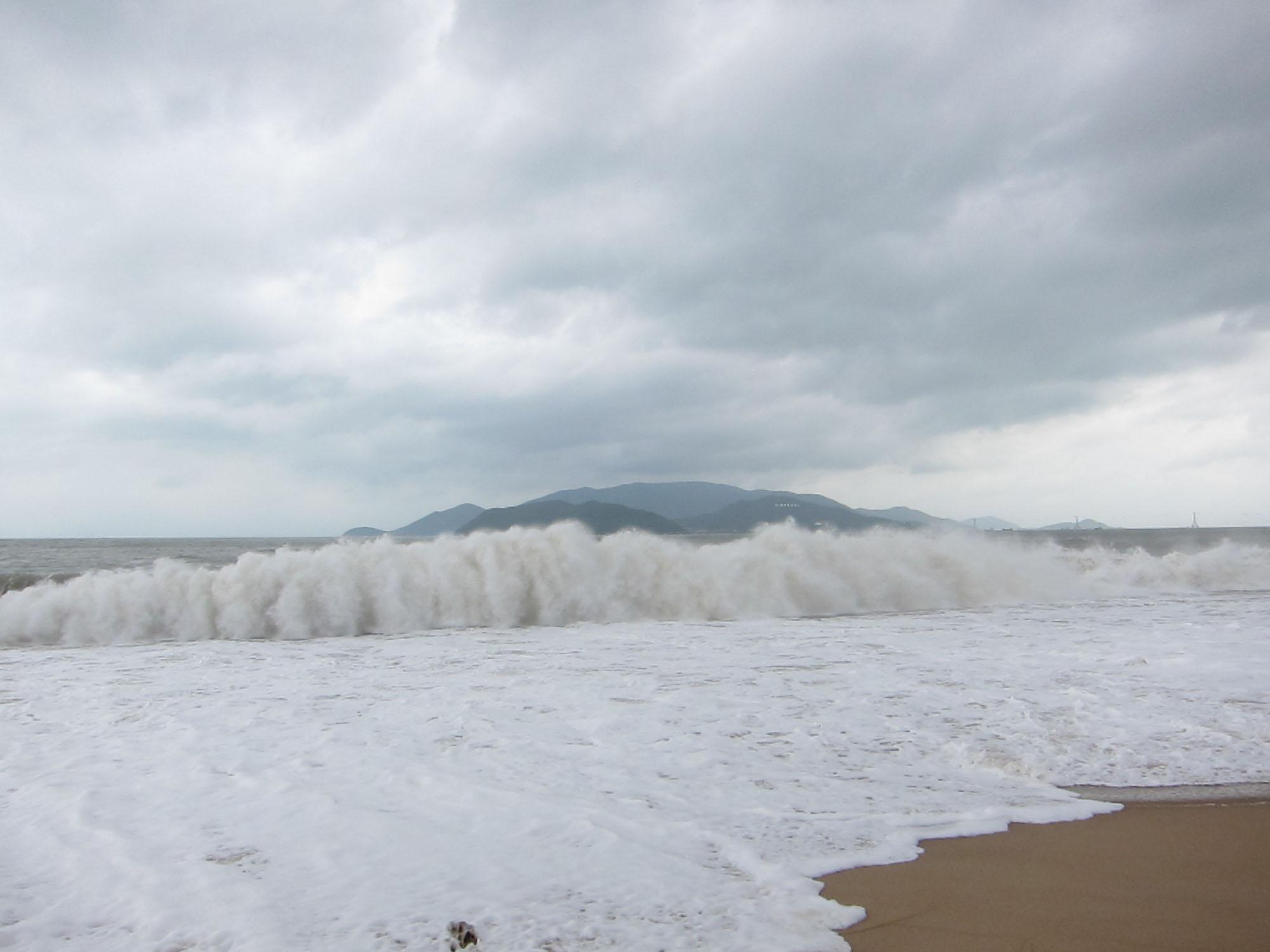 Waves at Nha Trang, Vietnam