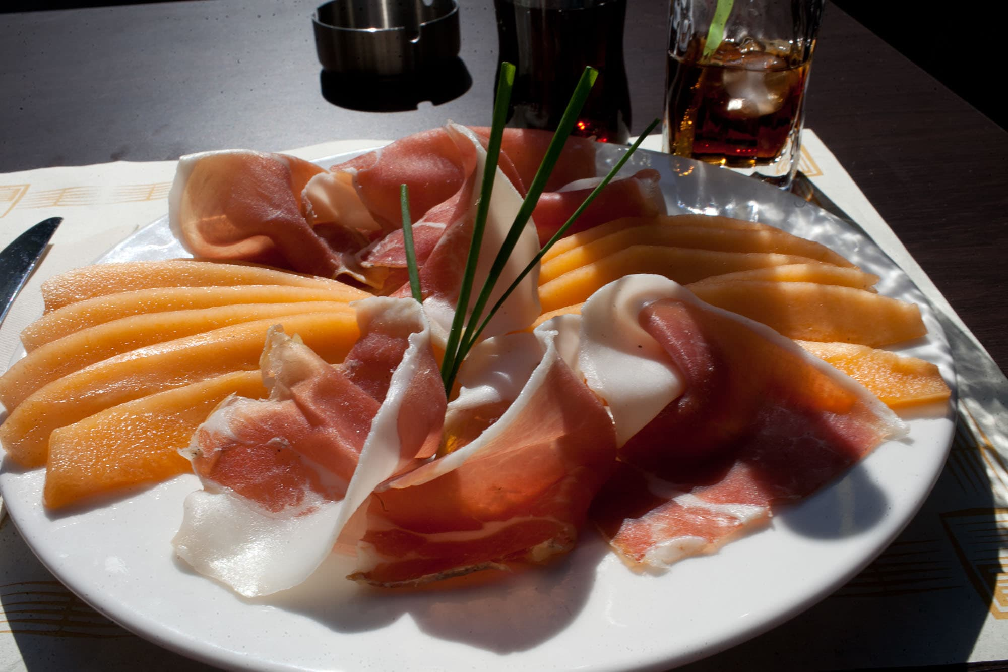 Ham and melon in Paris
