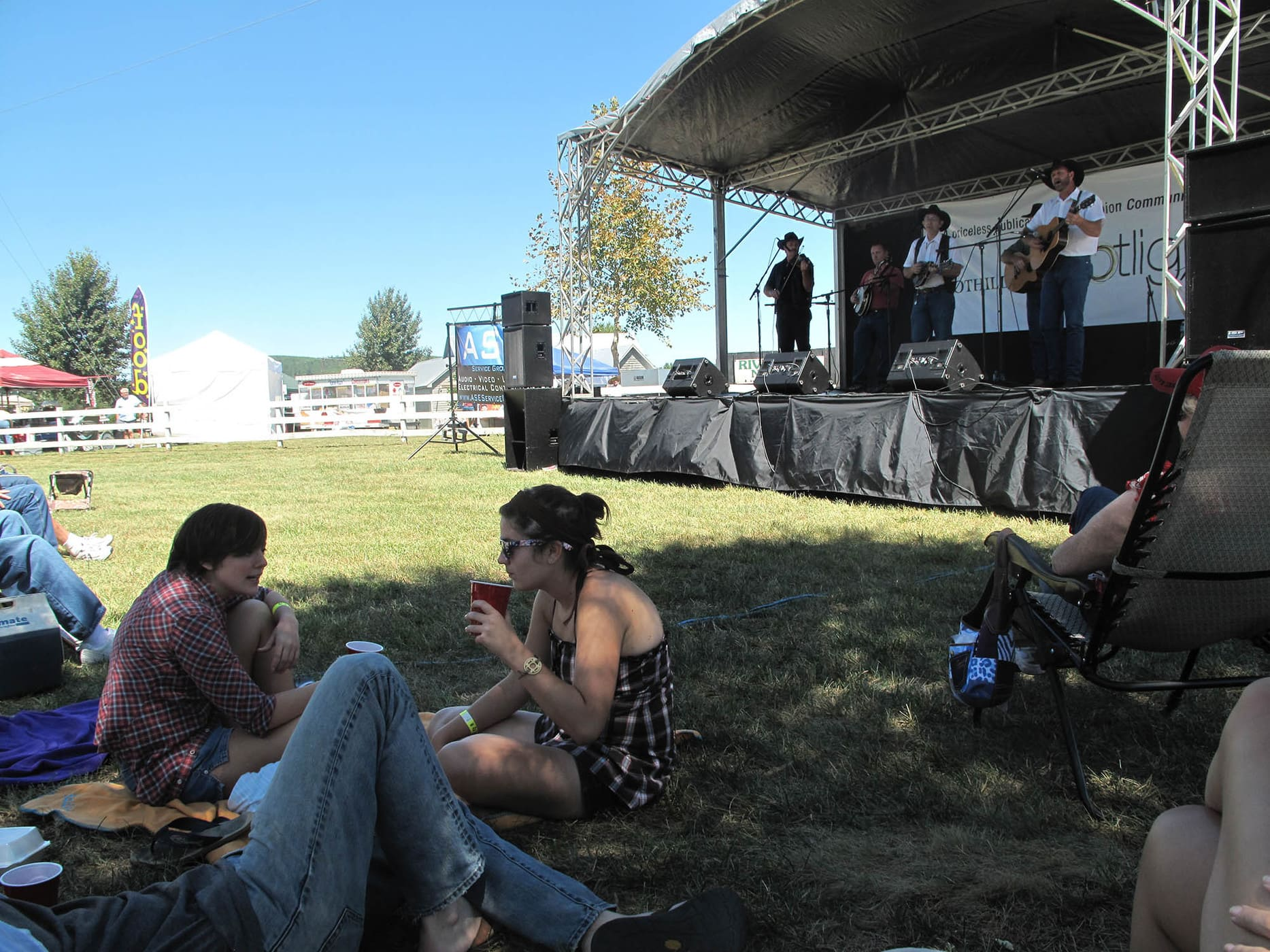 RedBone Willy's Bluegrass and Acoustic Music Festival