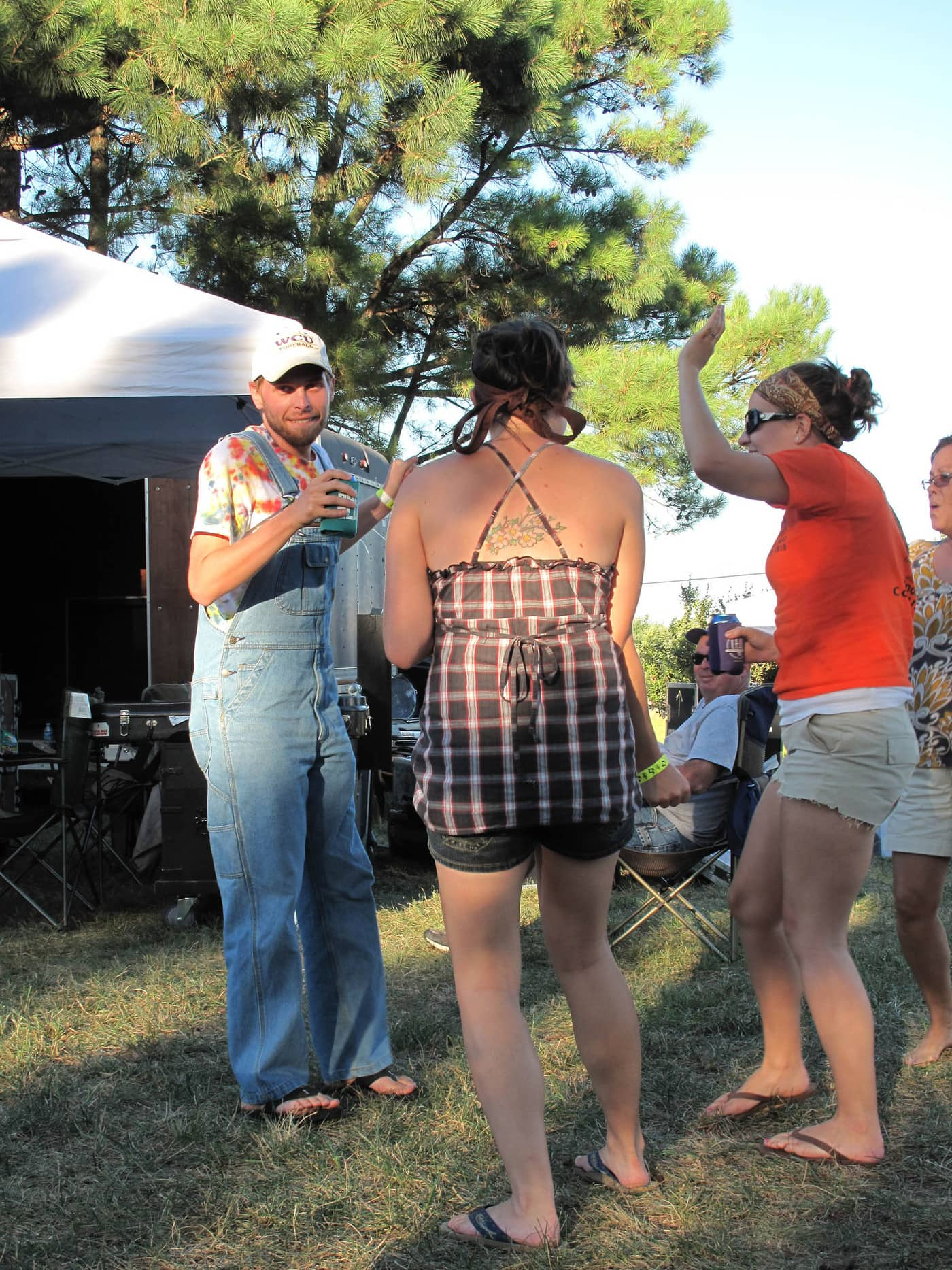 RedBone Willy's Bluegrass and Acoustic Music Festival - Dancing to bluegrass