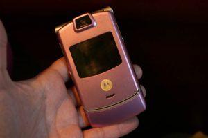 Pink Phone - PINK Motorola RAZR