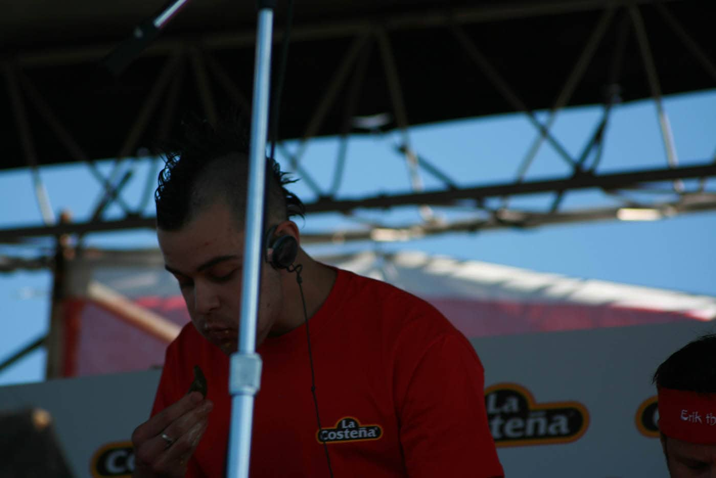 """Pat Bertoletti eats at the La Costeña """"Feel the Heat"""" Jalapeño Eating Challenge - jalapeno eating contest in Chicago."""