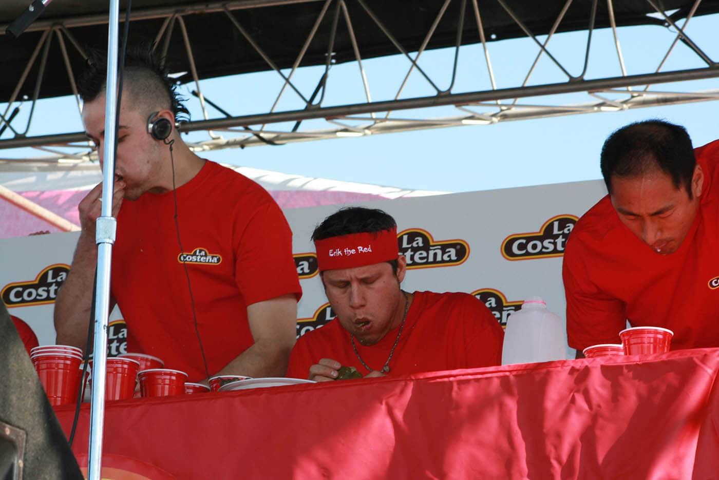 """Erik Denmark eats at the La Costeña """"Feel the Heat"""" Jalapeño Eating Challenge - jalapeno eating contest in Chicago."""