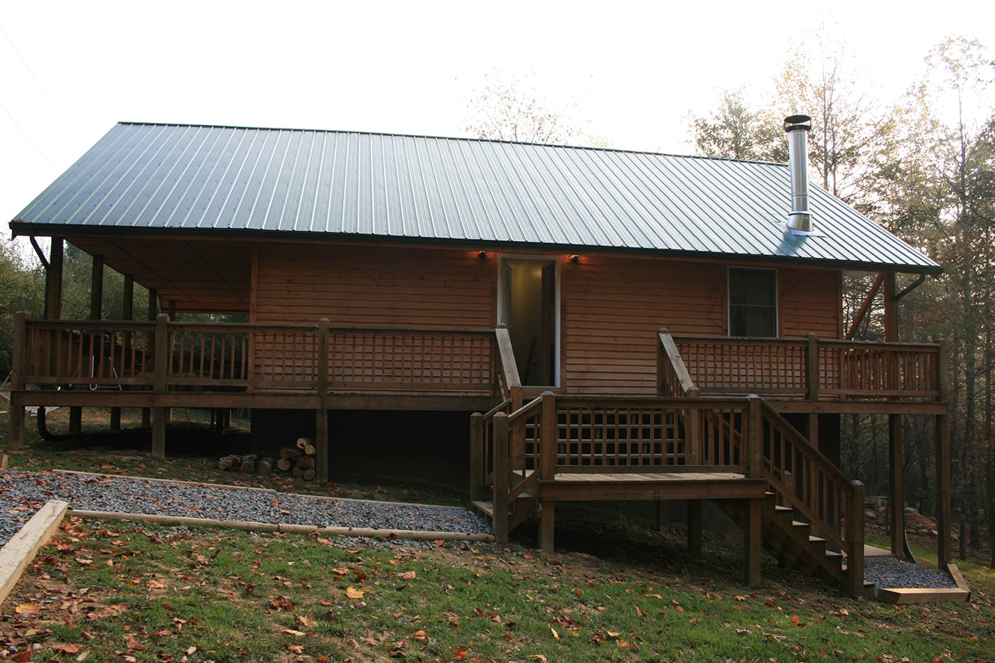 West Virginia cabin at Major Harding's Abode in the Carnifax Ferry Cottages| Upper Gauley White Water Rafting in West Virginia