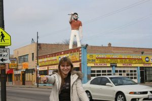 Road Trip Around Chicago: Mr. Bendo Muffler Man