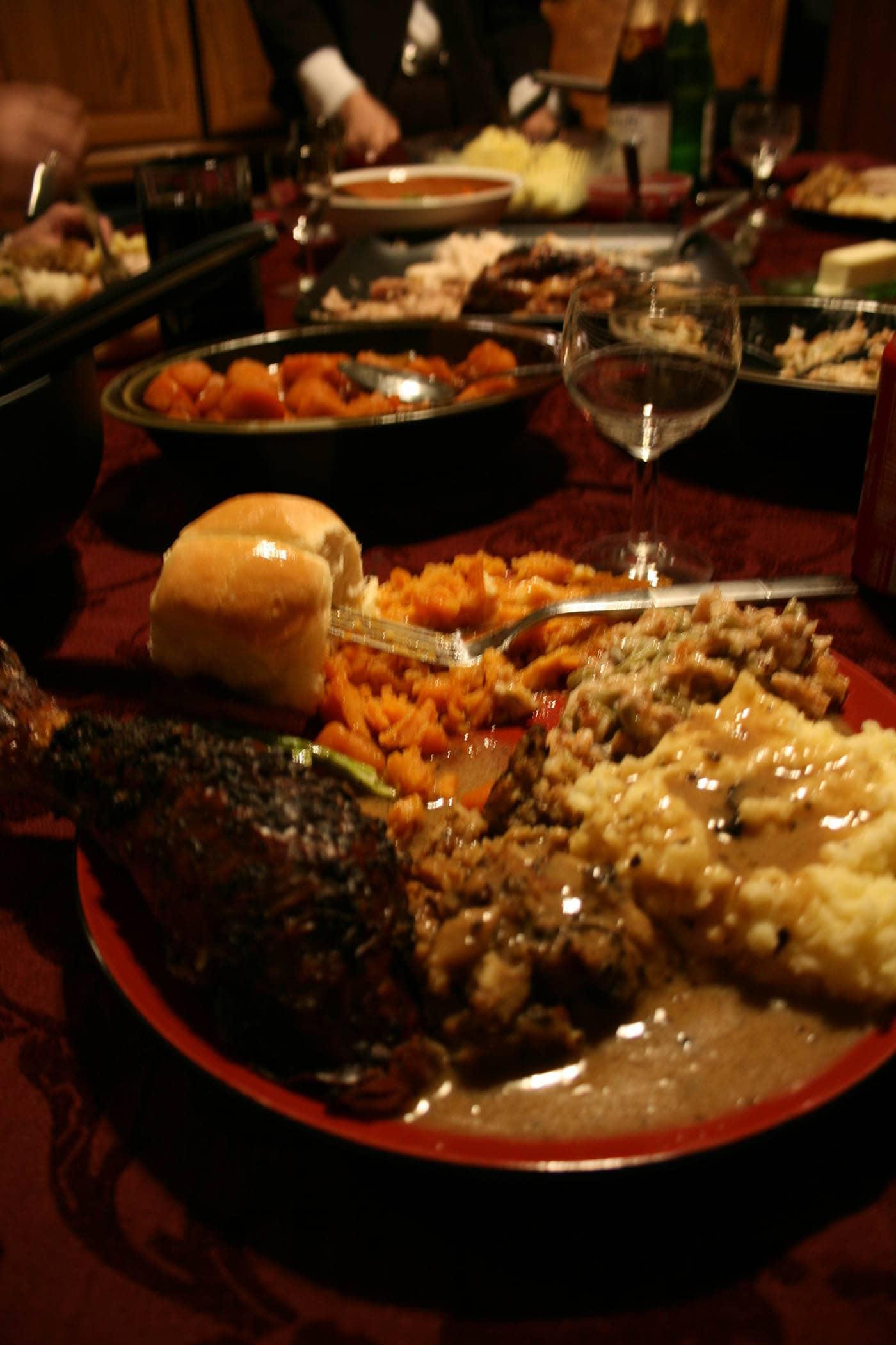 Happy Thanksgiving - turkey dinner