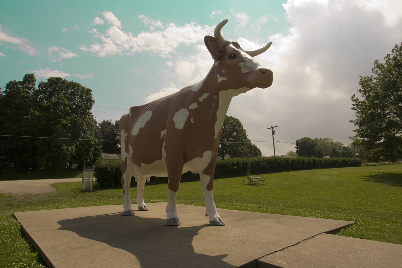 Giant cow in Rockford, Illinois.