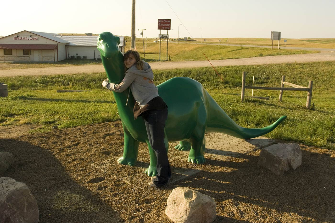 Sinclair Dinosaur roadside attraction in South Dakota. Labor Day Chicago to Mount Rushmore Road Trip.