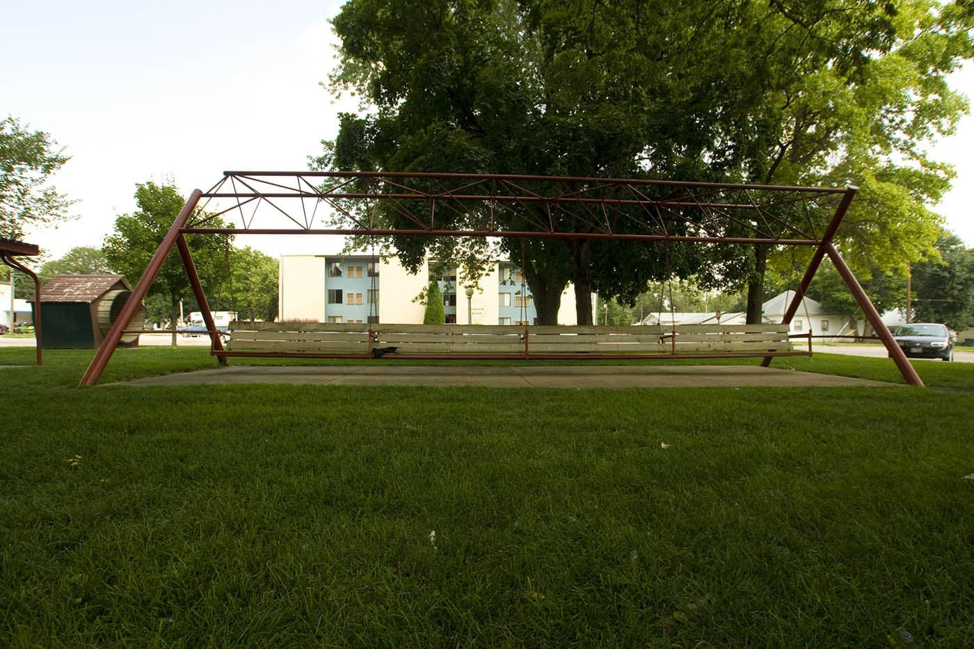 World's Largest Porch Swing in Hebron, Nebraska. Labor Day Chicago to Mount Rushmore Road Trip.