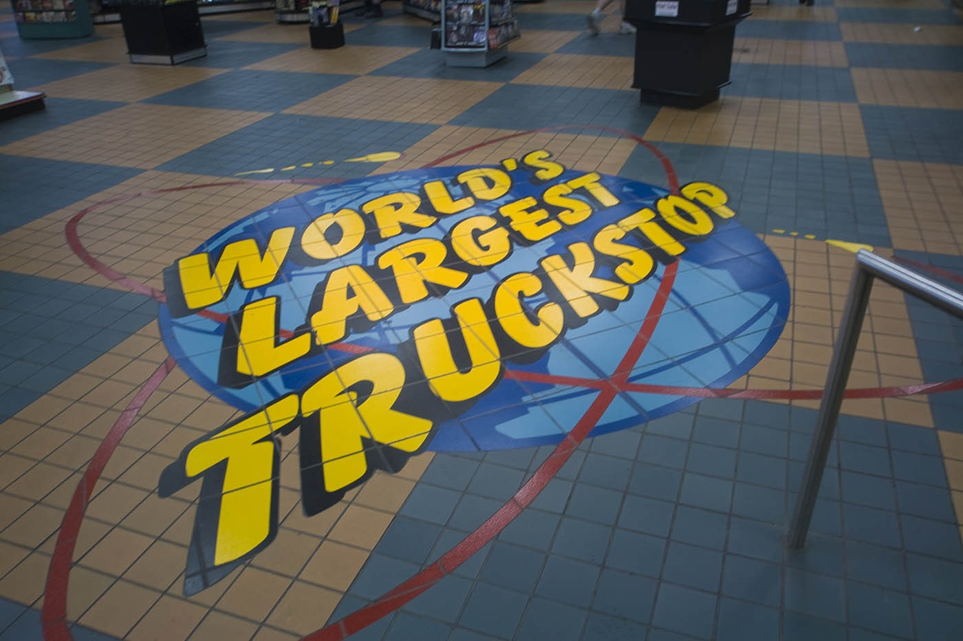 World's Largest Truck Stop in Walcott, Iowa. Labor Day Chicago to Mount Rushmore Road Trip.