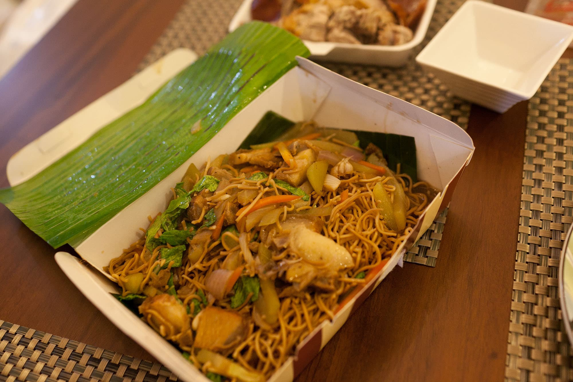 Food in the Philippines: What I ate in The Philippines. Pancit - Noodles in Manila, Philippines.