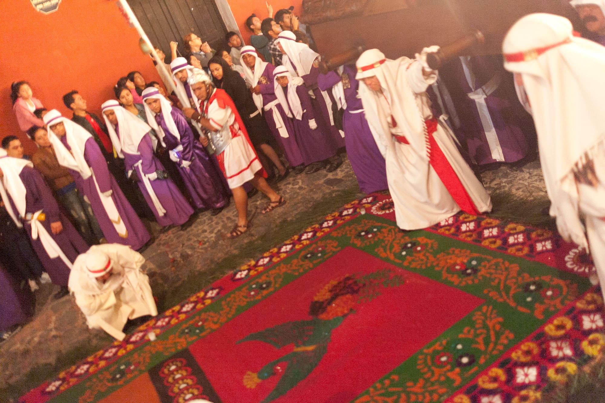 Alfombra: Semana Santa in Antigua, Guatemala