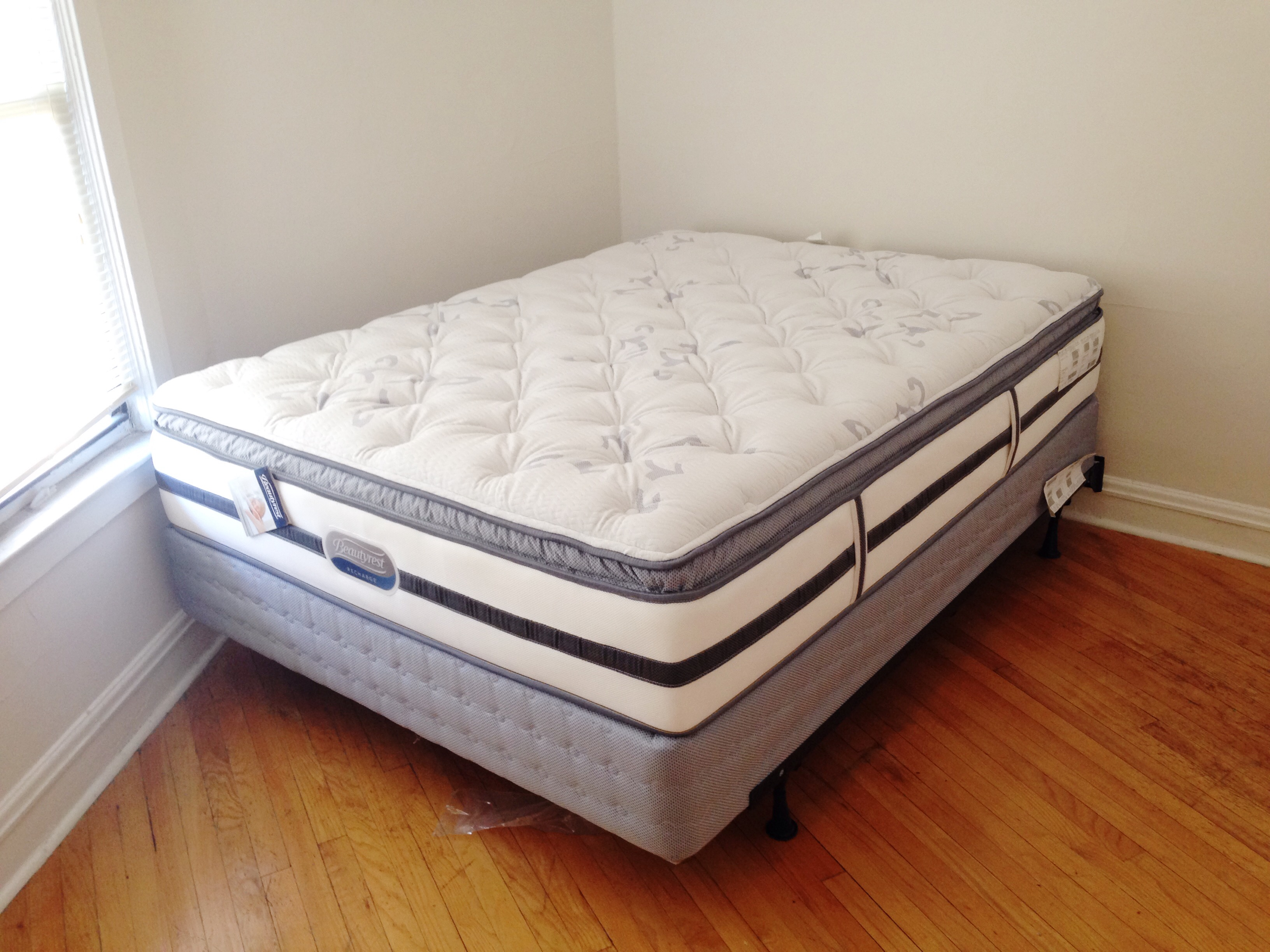 A new mattress in my new apartment.