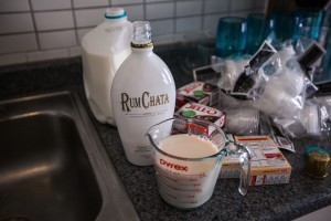 Ingredients for horchata pudding shots: vanilla pudding, milk, and Rumchata.