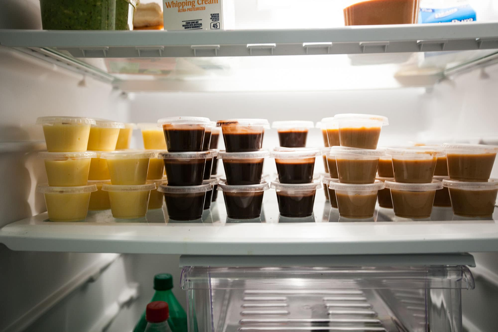 Alcoholic pudding shot recipes. Horchata, Mudslide, and Buttery Nipple (Slippery Nipple) pudding shots in my fridge.