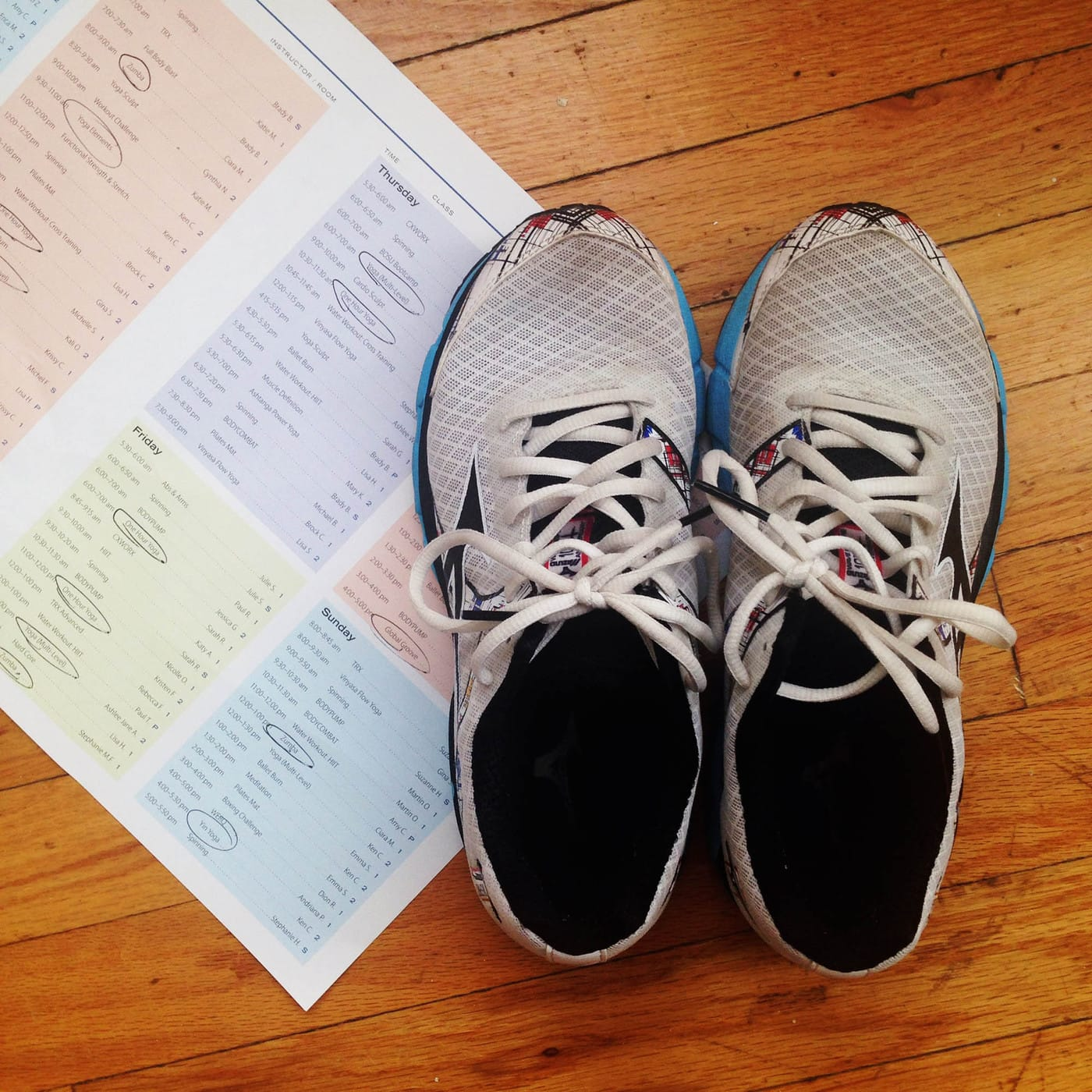 My gym shoes and gym schedule. | How to finally start going to the gym