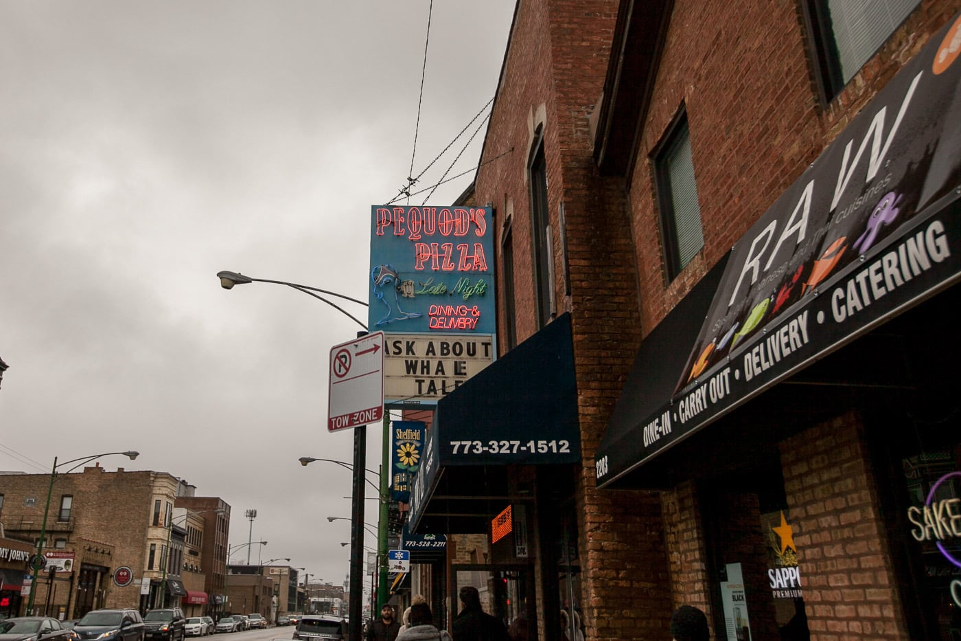 Pizza tour of Chicago with Chicago Pizza Tours - Pequod's Pizza