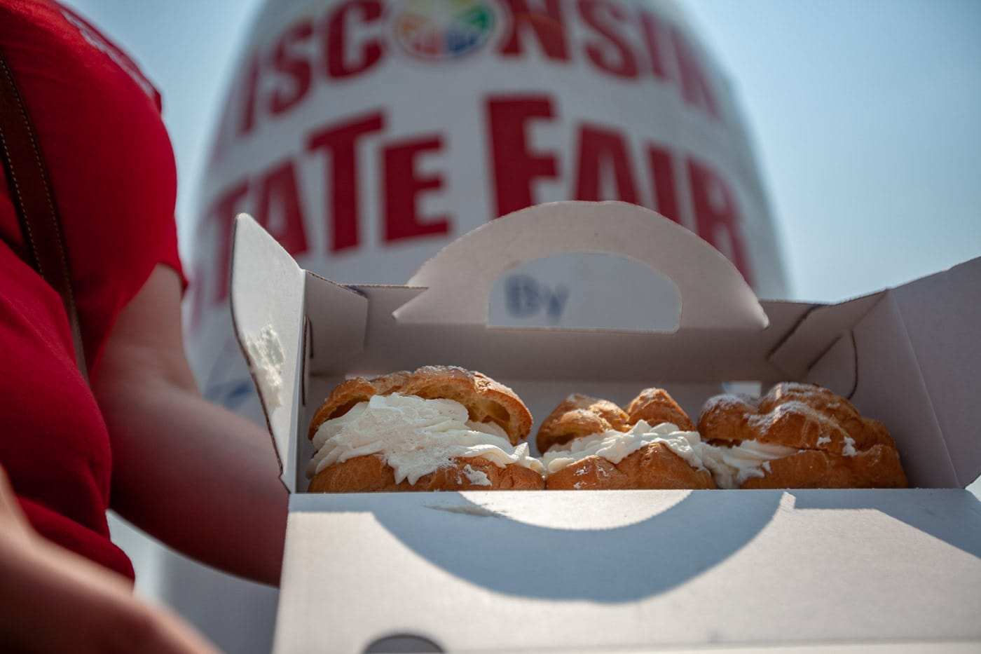 Original Cream Puff 3-pack from Original Cream Puffs To-Go. | What to eat at the Wisconsin State Fair.