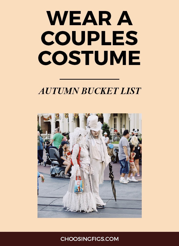 WEAR COUPLES COSTUMES FOR HALLOWEEN | Autumn Bucket List: 50 Things to do in Fall