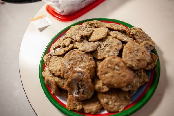 I hate baking but I do it like once a year. | Baking Christmas Cookies for a Cookie Exchange at work.