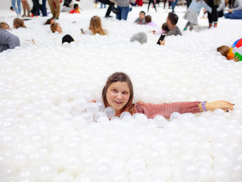 The Beach - a Snarkitecture art installation on Navy Pier in Chicago. A giant indoor ocean made from white ball pit balls.