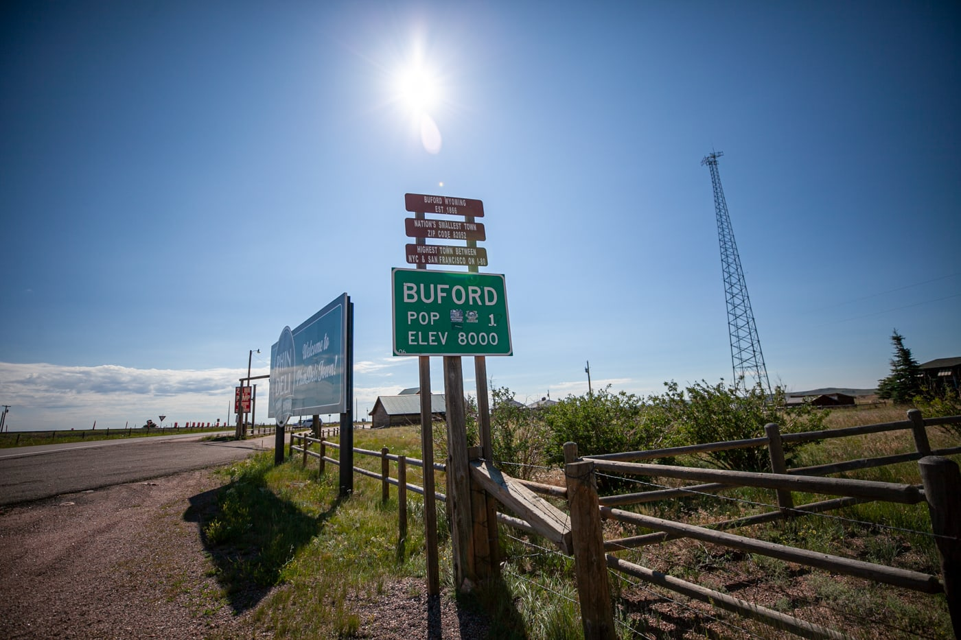 Buford, Wyoming, the smallest town in America